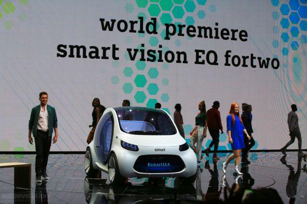 Smart Vision EQ Fortwo Concept 2017: il prototipo per guida autonoma e car sharing [FOTO]