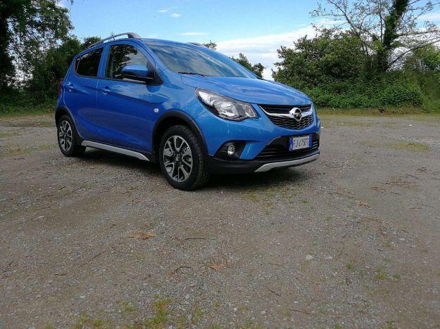 Opel Karl Rocks, prova su strada della GPL: prezzo, interni, colori [FOTO]