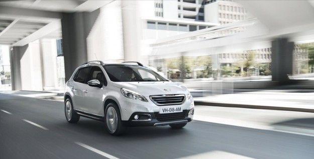 Peugeot 2008: dimensioni, prezzi e scheda tecnica. Info del Crossway [FOTO e VIDEO]