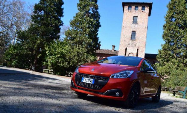 Peugeot 208 2016: prezzo, caratteristiche e prova su strada della 1,2 automatica [FOTO e VIDEO]