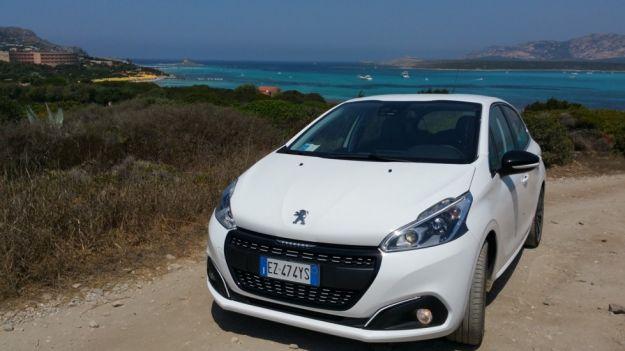 Peugeot 208: prova su strada del motore 1.6 BlueHDi 75 CV [FOTO e VIDEO]