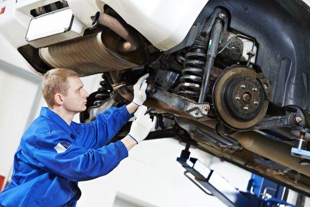 Meccanico auto fai da te: quante ne sai? Fai il QUIZ e rispondi alle nostre domande!