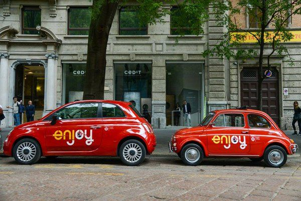 Car Sharing: Enjoy e le Fiat 500 storiche a Milano per la Design Week