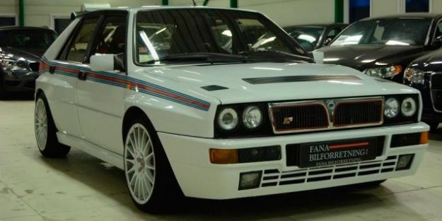 Lancia Delta HF Integrale Martini Racing
