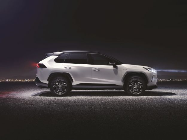 Nuova Toyota RAV 4 Salone di New York