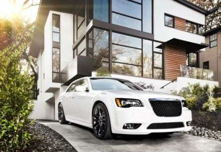 Chrysler 300 SRT8 luce