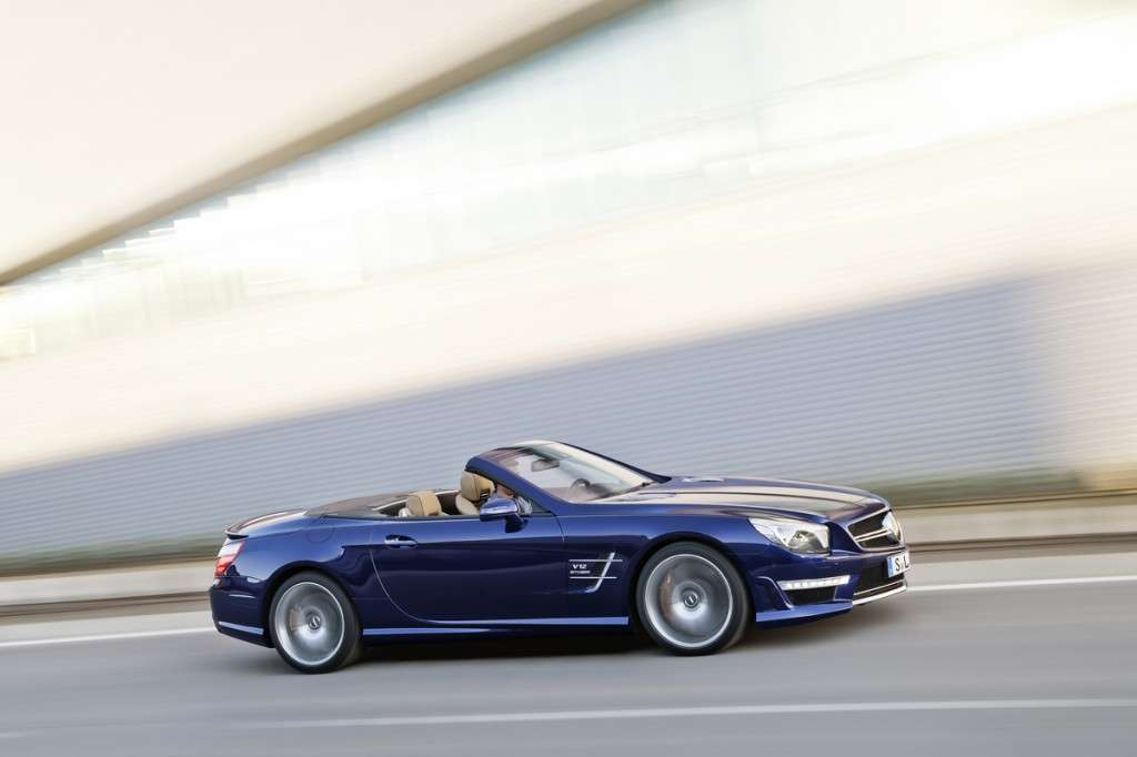 Mercedes SL 65 AMG vista laterale