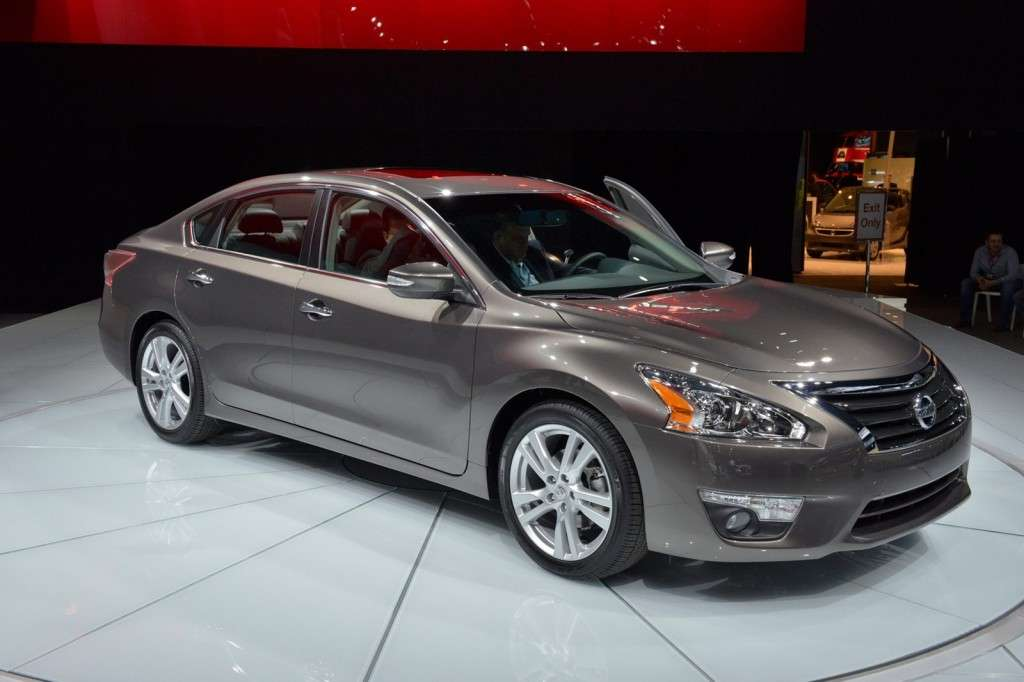 Nissan Altima al Salone di New York 2012 muso