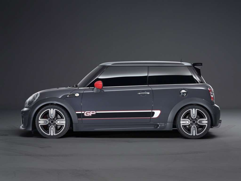 Mini John Cooper Works Gp, fiancata 2