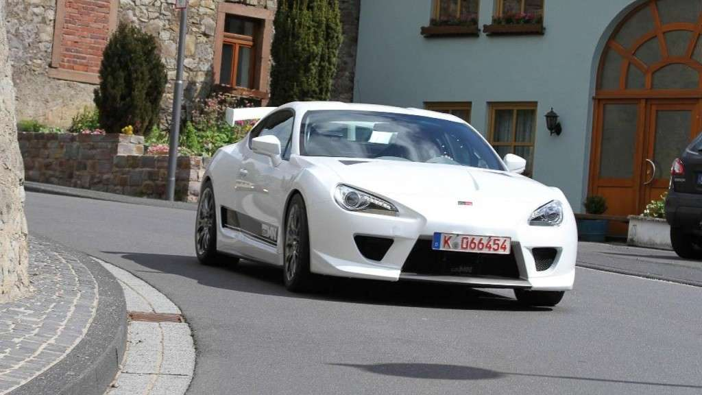 Toyota Sport FR Concept - frontale (2)