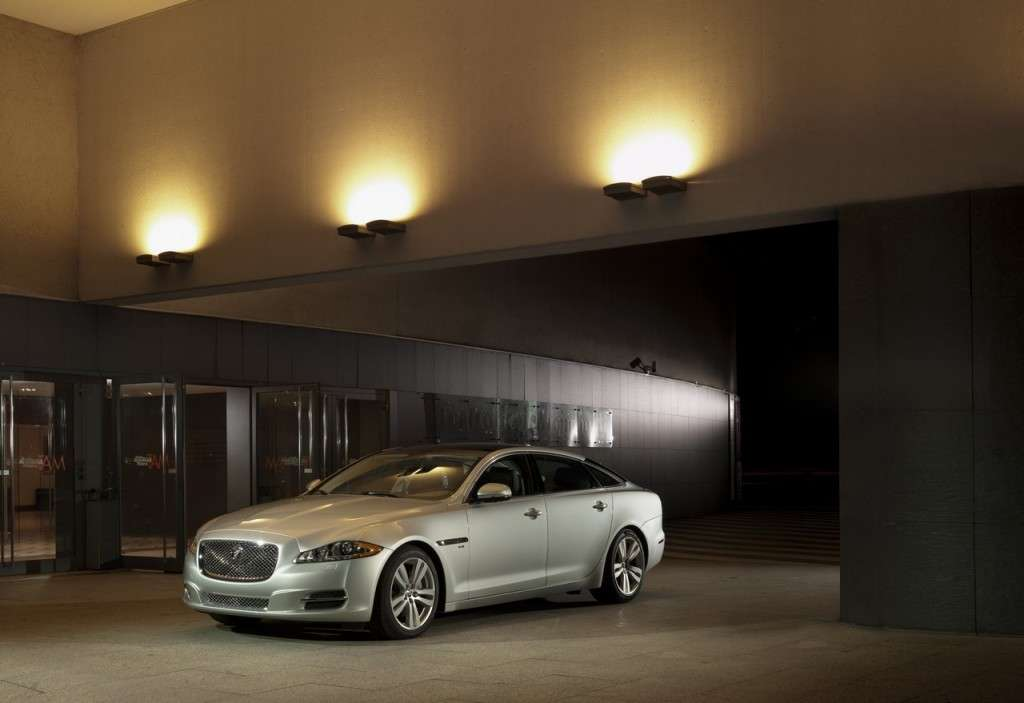 Jaguar XJ Model Year 2013