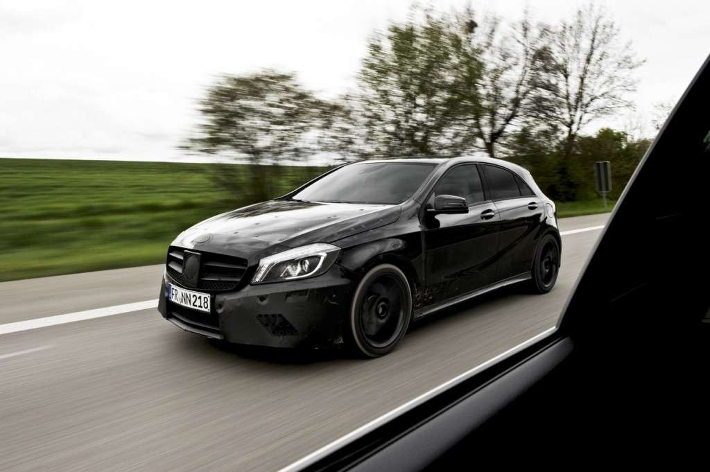 Mercedes A45 AMG teaser ufficiale anteriore