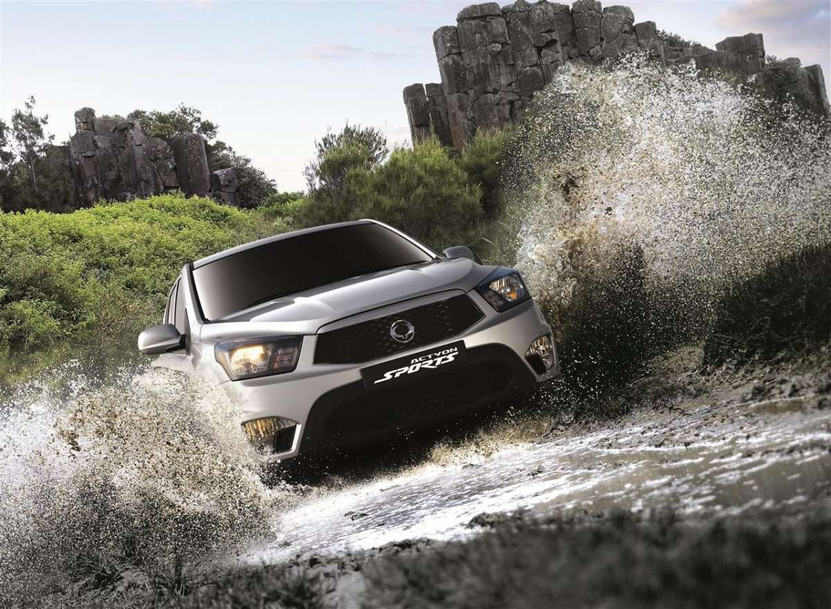 SsangYong Actyon Sports 2012 in fuoristrada