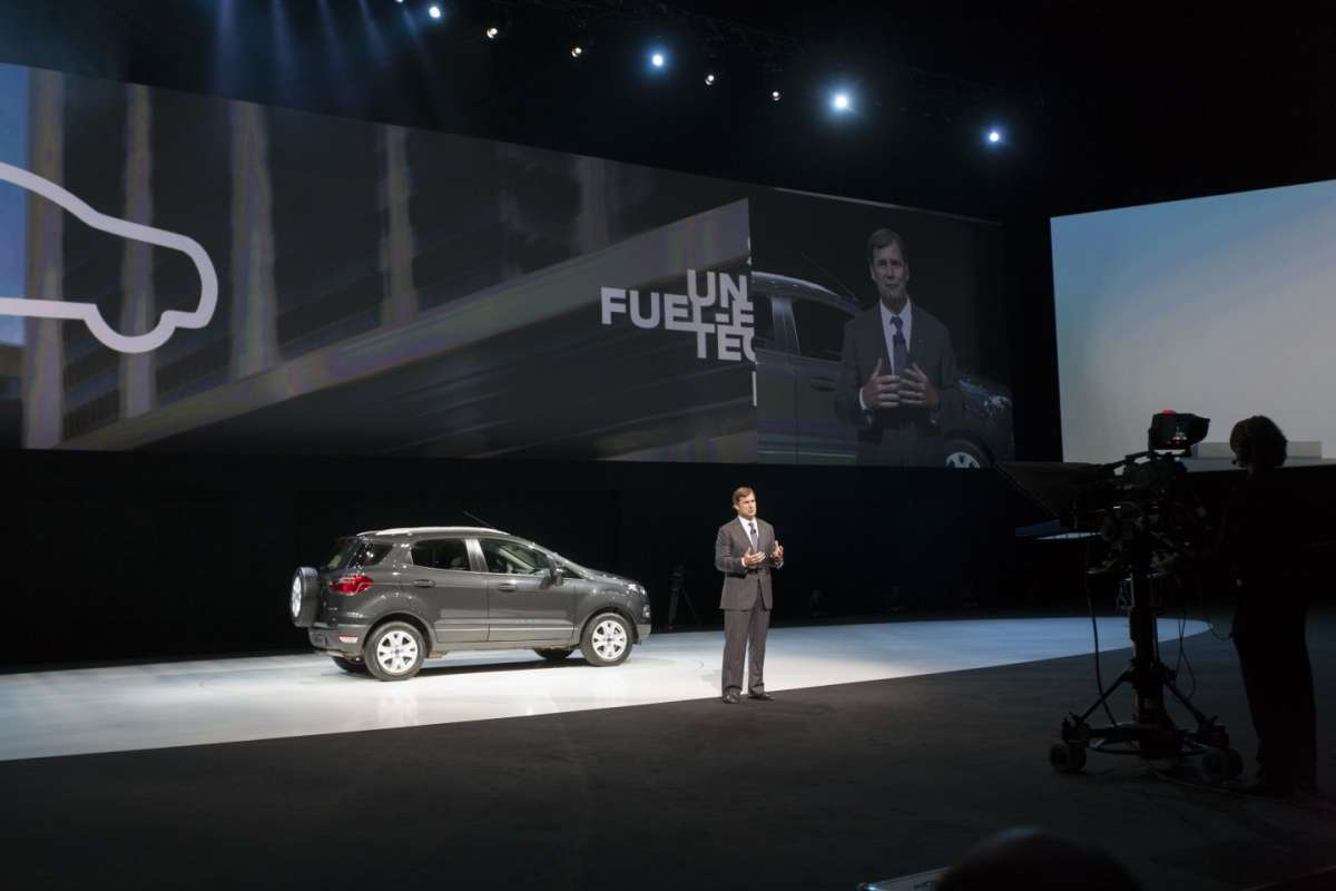 Ford EcoSport-Go Further-panoramica