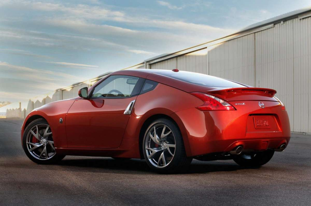 Nissan 370Z 2013 restyling posteriore