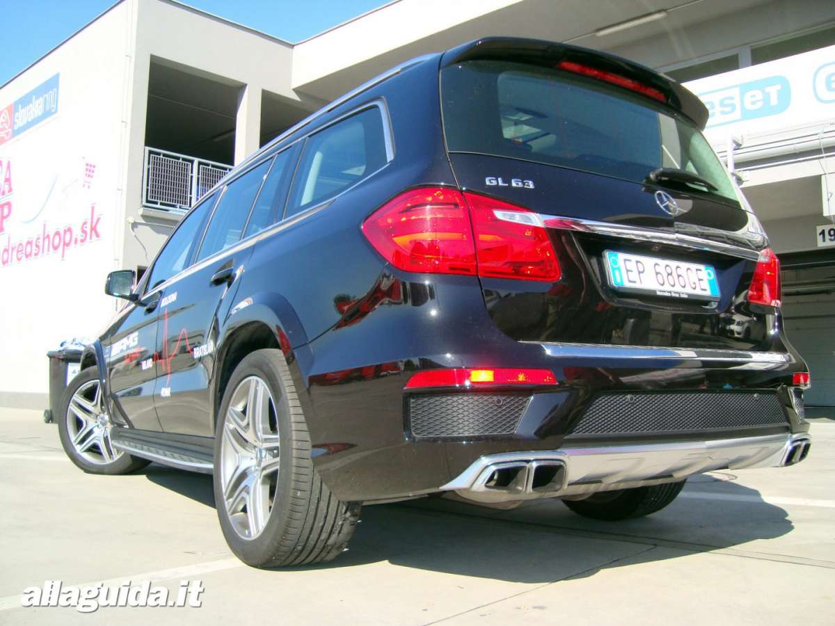 Posteriore Mercedes GL 63 AMG 4Matic Performance