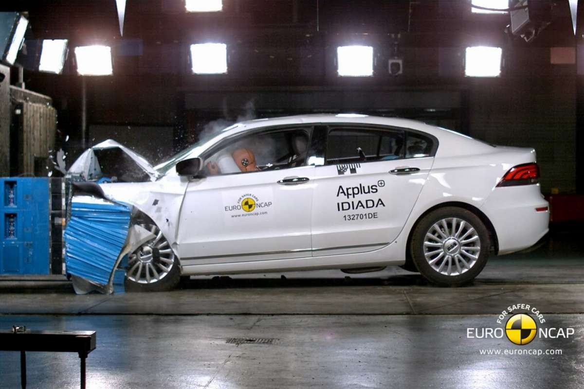 Qoros 3 Sedan crash test