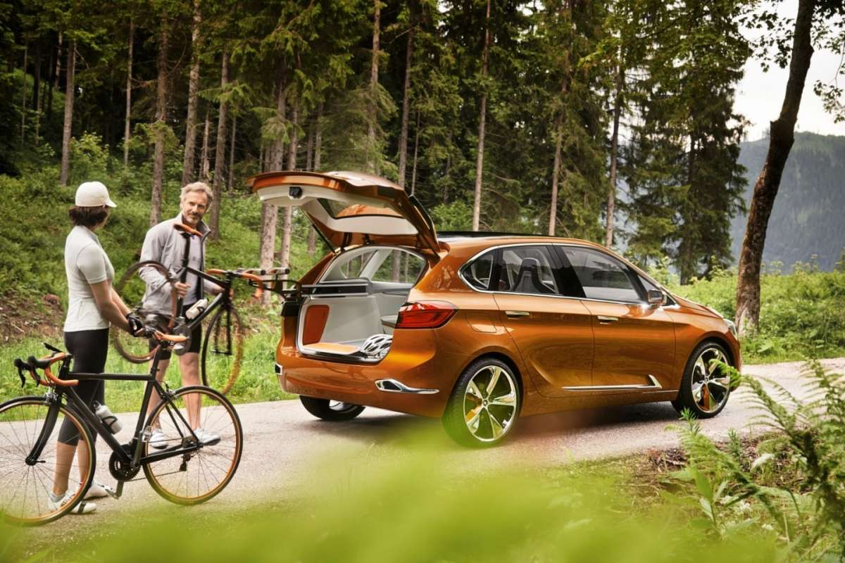 BMW Serie 2 Active Tourer laterale
