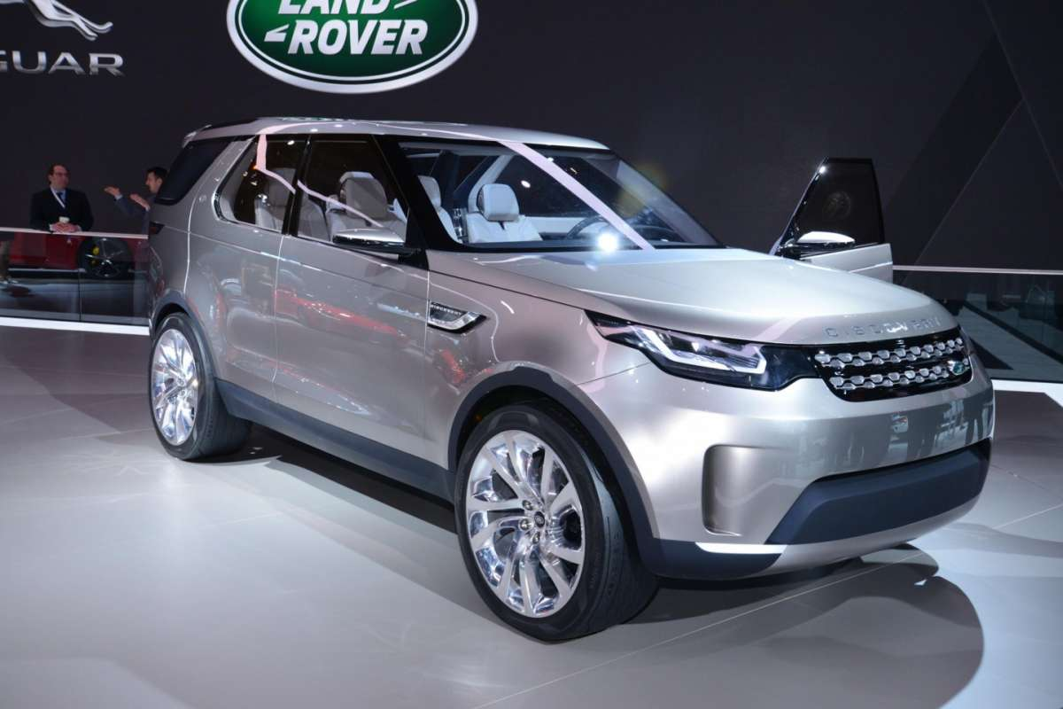 Land Rover Discovery Vision concept, Salone New York 2014 - 04