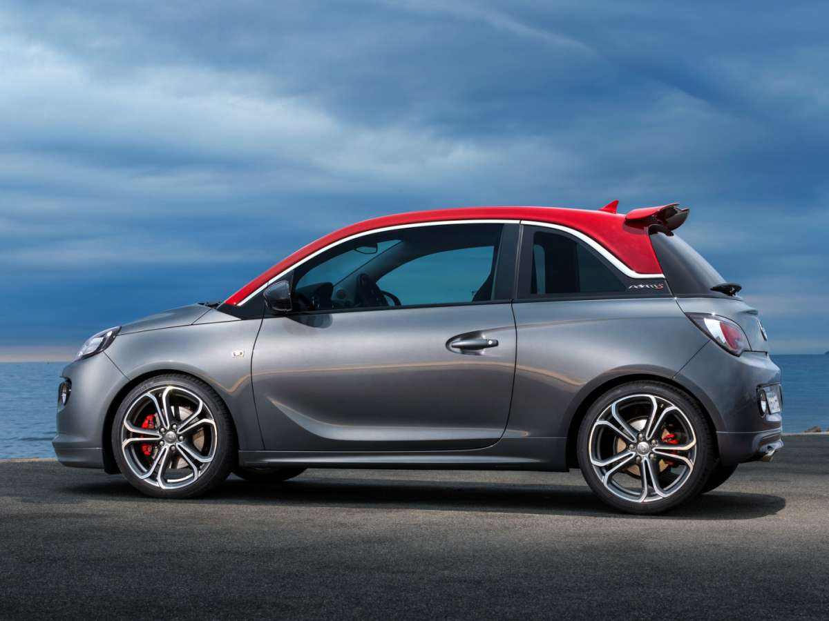 Opel Adam S mette il turbo.