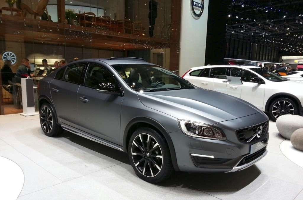 Volvo S60 Cross Country berlina