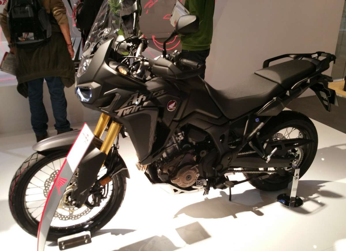 Honda CRF1000L Africa Twin ABS all'EICMA 2015