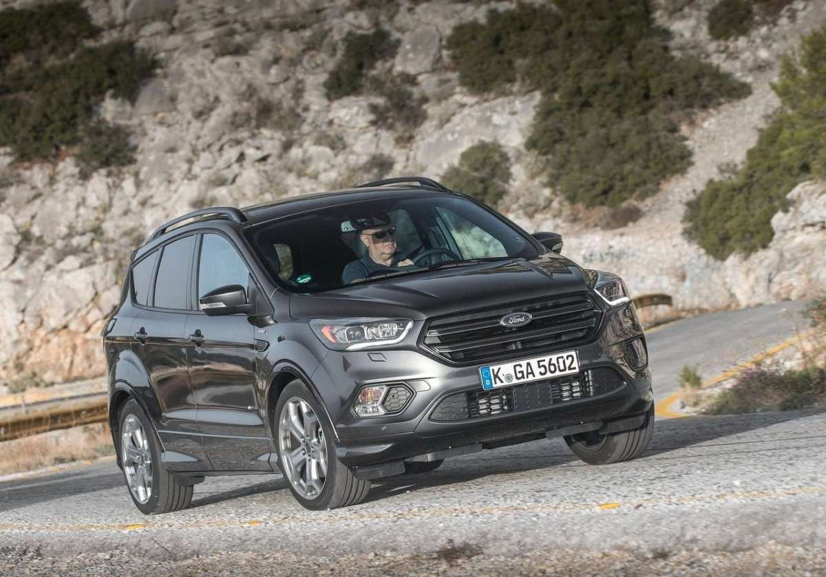 Ford Kuga 2016 restyling ST Line