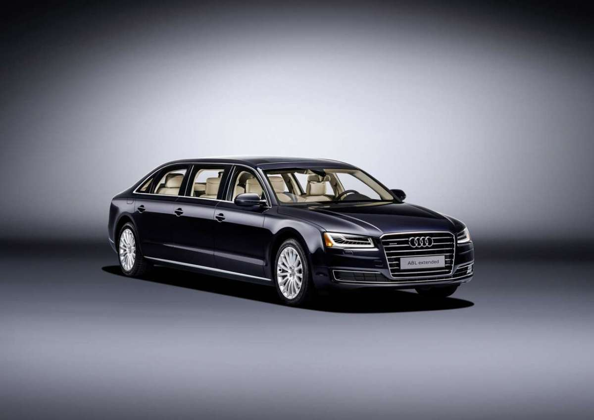 Audi A8 L Extended anteriore