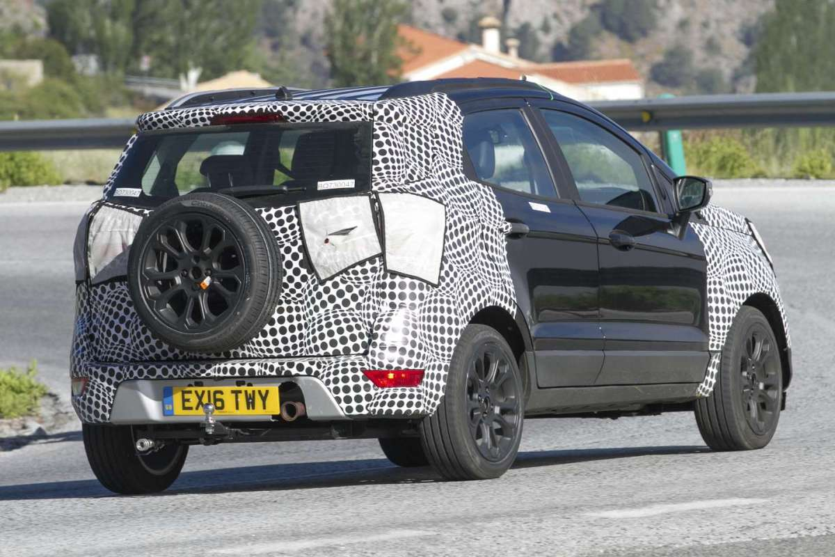 Ford Ecosport 2018 restyling laterale posteriore