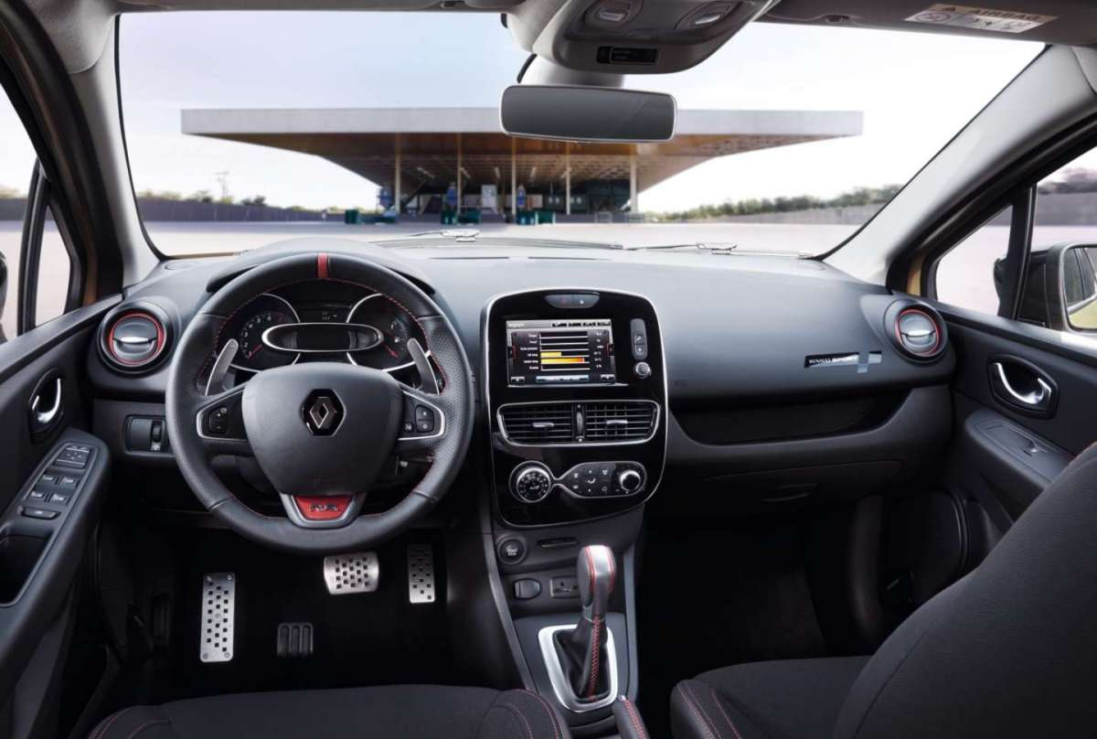 Renault Clio RS 2016, interni
