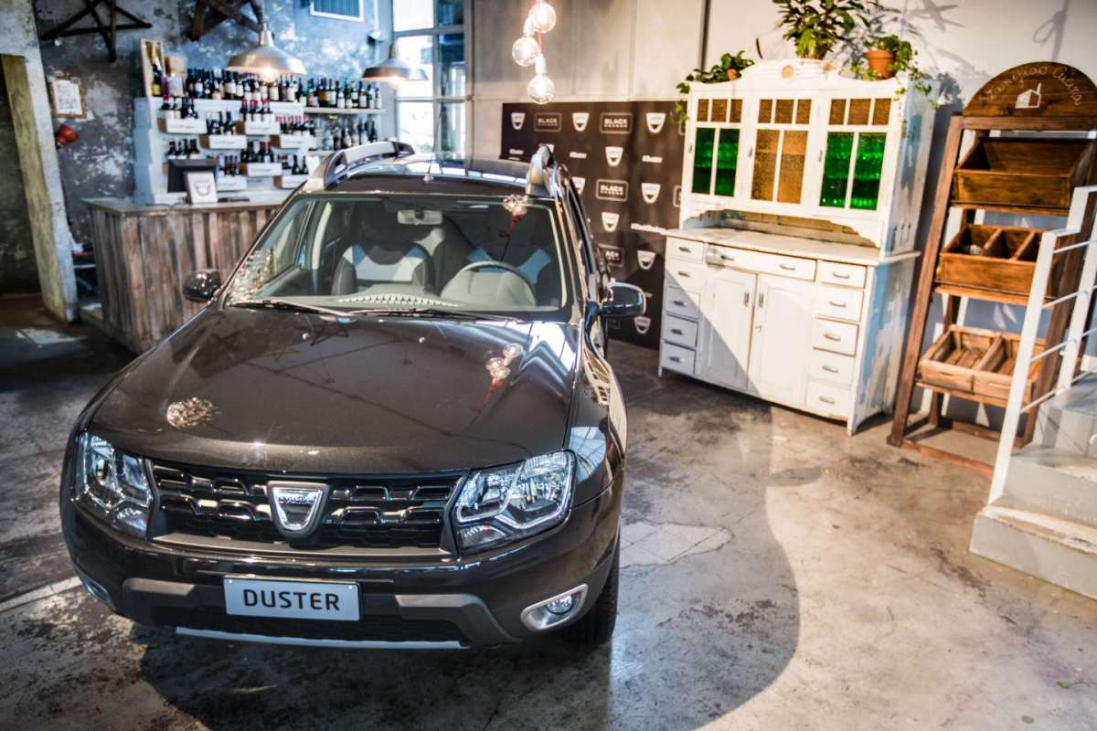 Dacia Duster Black Schadow