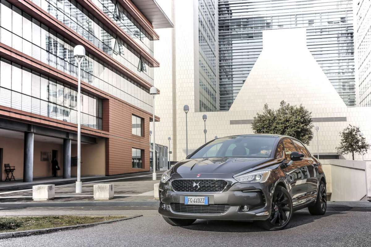 Nuova DS 5 Performance Line