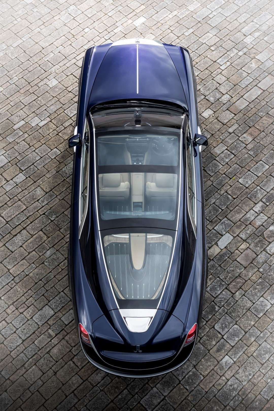 Rolls Royce Sweptail, tetto panoramico