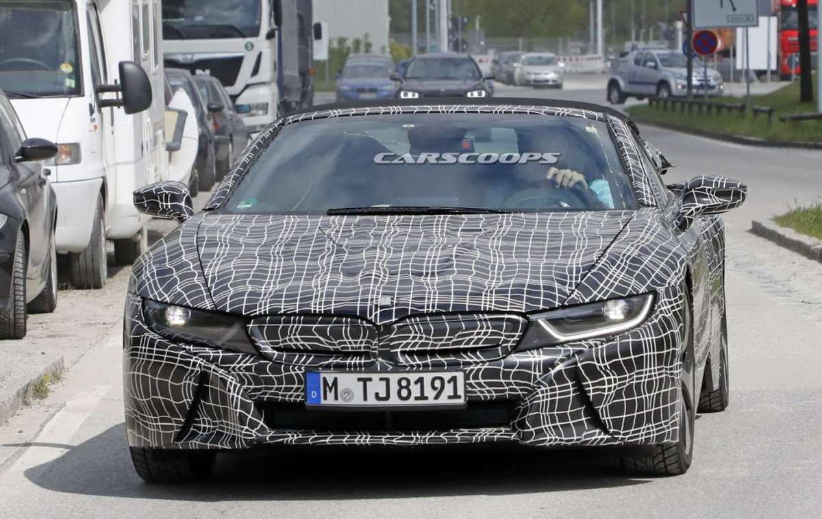 Frontale BMW i8 Roadster 2018