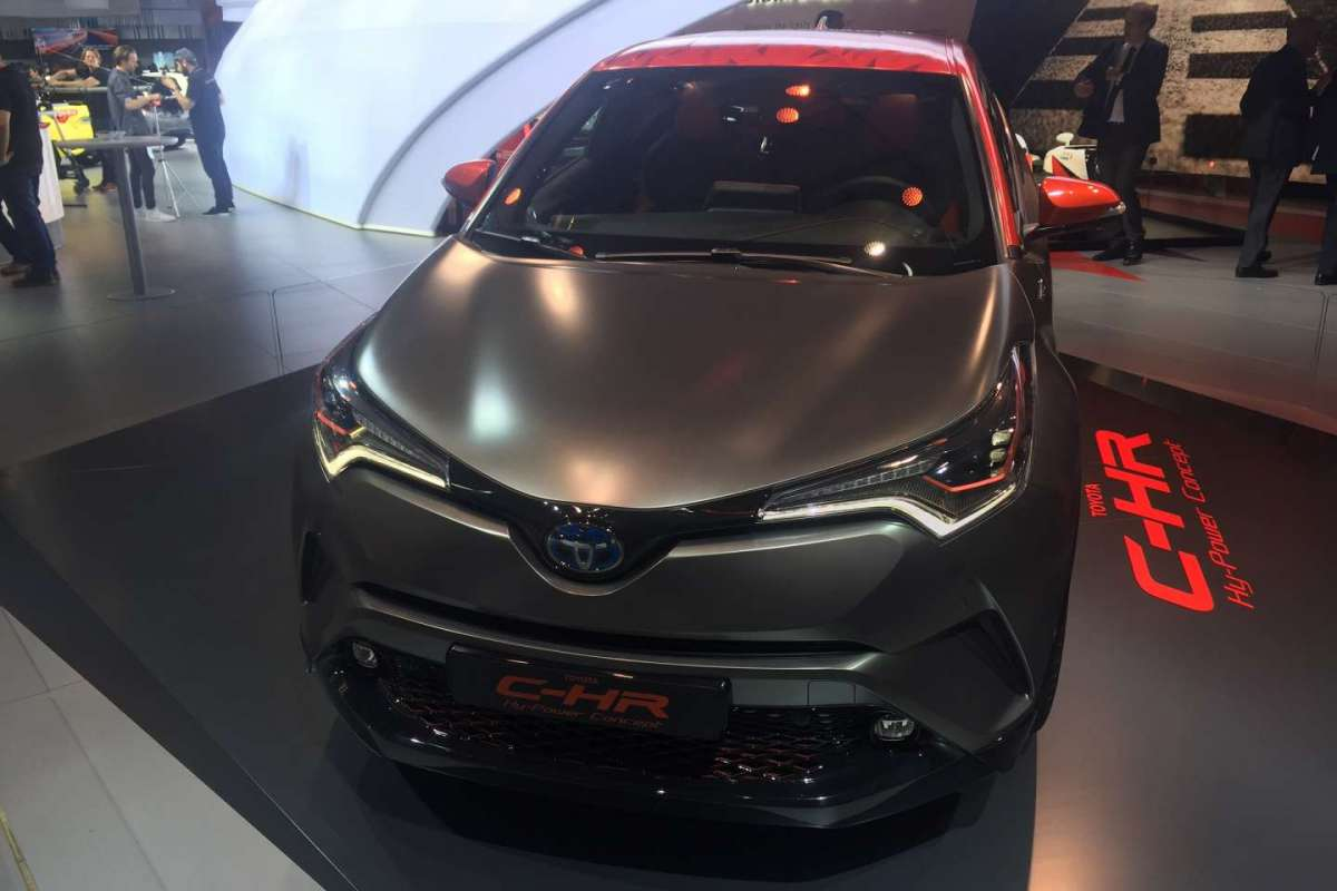 C-HR Hy-Power Concept al Salone di Francoforte 2017