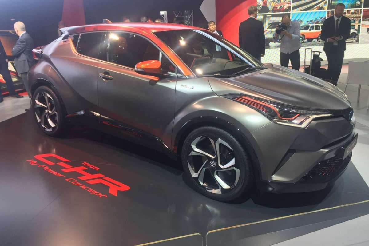 Laterale anteriore del C-HR Hy-Power Concept