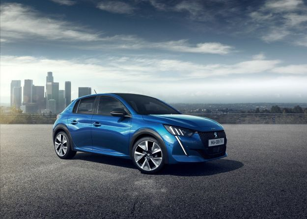 peugeot 208 car of the year 2020